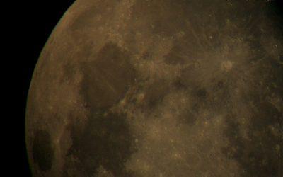 la Luna dalla terrazza del cielo